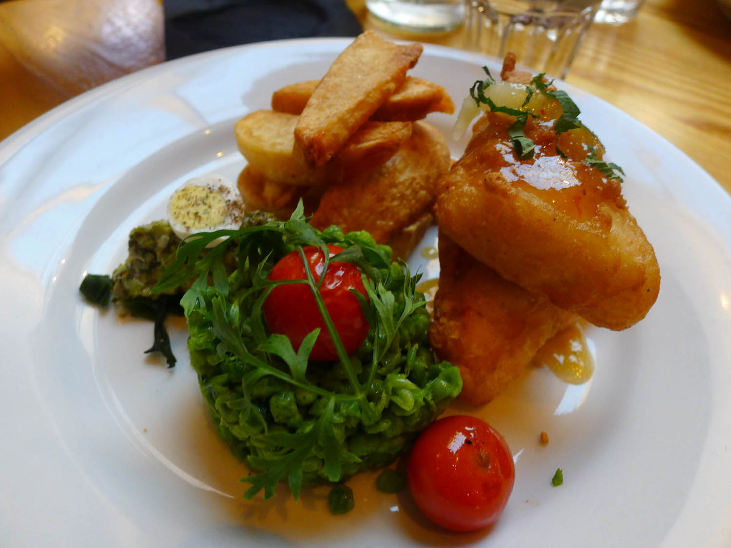 Veggie Fish (Halloumi) and Chips