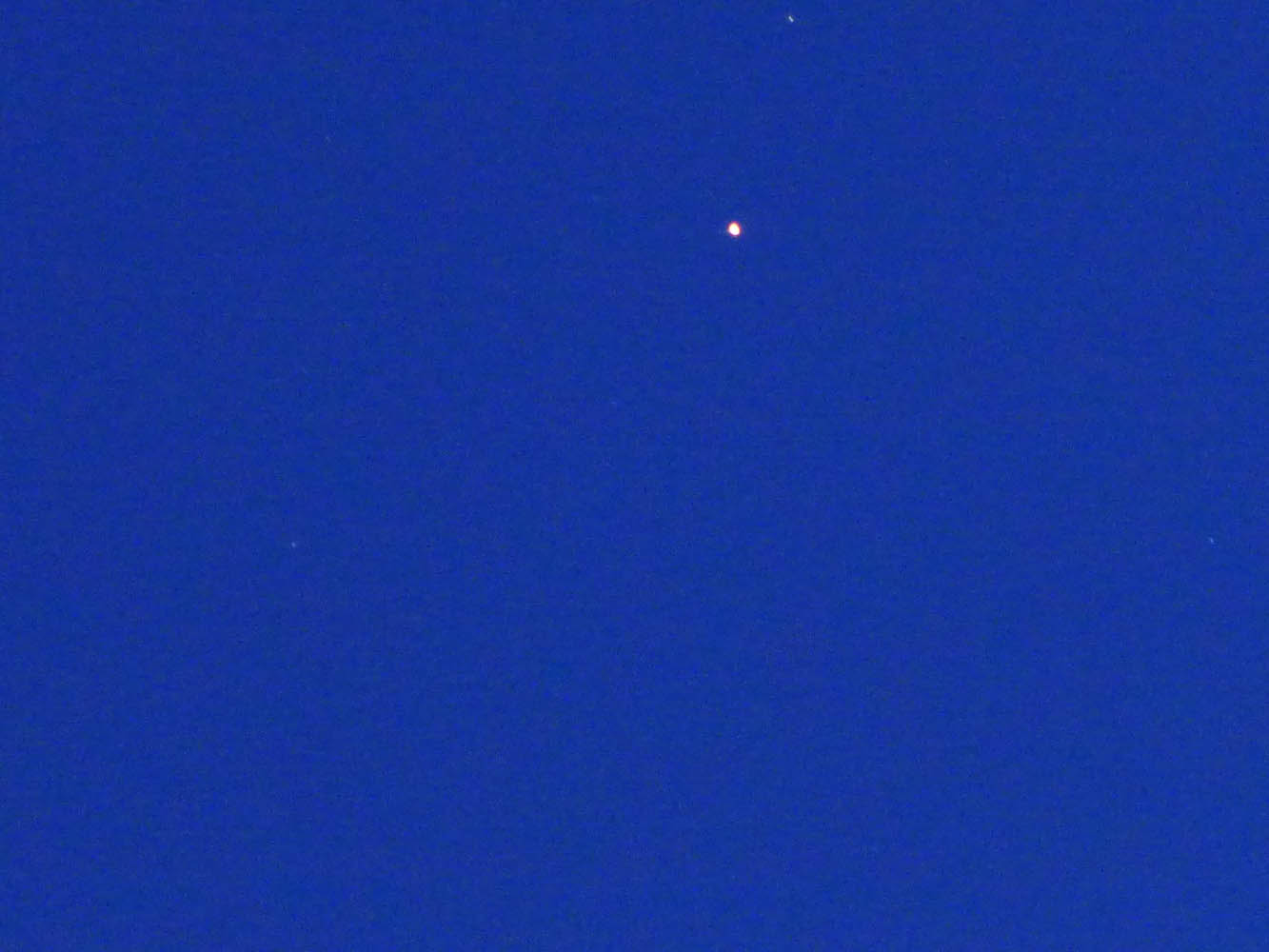 See that bright dot in the sky? That's Jupiter!